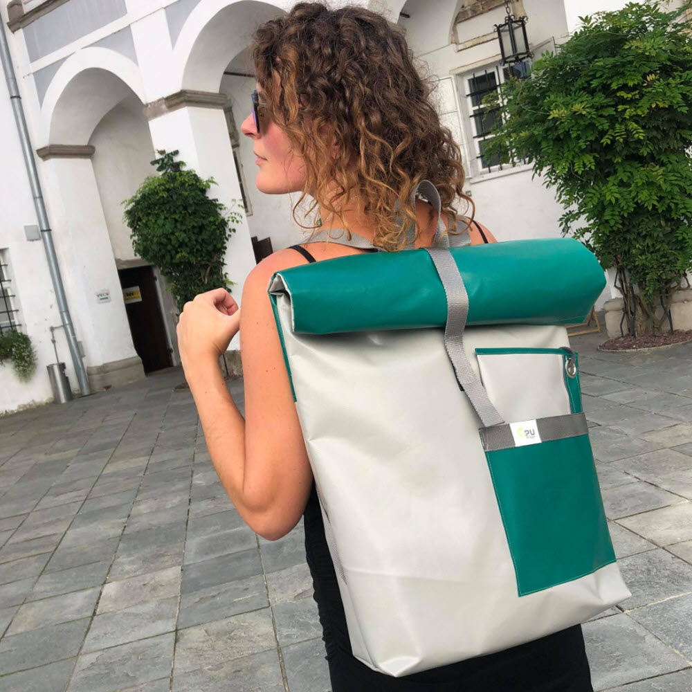 Gry BacKpack